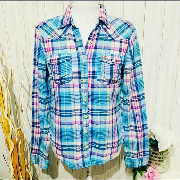 Hollister Tops - Hollister Green Flannel Shirt Size Medium